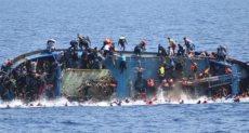 غرق قارب - أرشيفية
