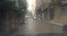محافظ الغريبة يشرف على عملية شفط المياه بعد هطول أمطار رعدية