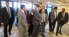 وزير المالية خلال افتتاح مبنى الضرائب