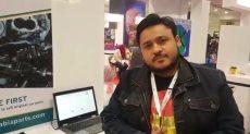 أحمد عابد صاحب مشروع توصيل قطع عيار السيارات من خلال تطبيق الموبيل
