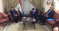 الدكتور أشرف صبحى وزير الشباب والرياضة مع رئيس نادى الاتحاد السكندري