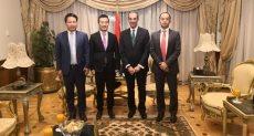 جانب من لقاء وزير الاتصالات مع نائب رئيس شركة هواوي