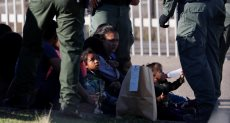 أطفال قبل القوات الأمريكية