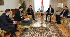 عمرو طلعت وزير الاتصالات يلتقي بوفد شركة ZTE الصينية