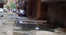 مياه الصرف تغرق شارع أبو المكارم بالمحلة