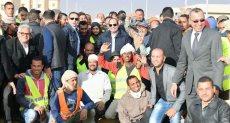 جولة الرئيس السيسي بعدد من المشروعات التنموية بمنطقة هضبة الجلالة