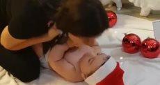 النجمة اللبنانية سيرين عبد النور وابنها