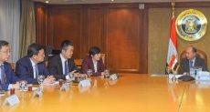 وزير التجارة والوفد الصينى