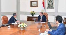 اجتماع الرئيس السيسى مع وزير وزير الاتصالات