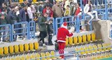 بابا نويل بمدرجات بتروسبورت