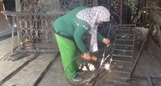 نادية بديوى أول مصرية تعمل بالحدادة