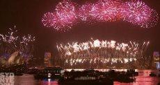 انطلاق الألعاب النارية لحظة استقبال العام الجديد