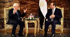 السيسى يستقبل الرئيس الفلسطينى