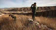 الجدار بين أمريكا والمكسيك