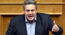 بانوس كامينوس وزير الدفاع اليوناني