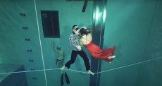 الرقص تحت الماء