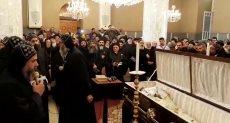 صلاة الجنازة على القمص باخوميوس
