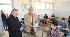 اللواء سعيد عباس محافظ المنوفية يتفقد لجان الامتحانات