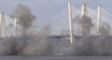 تفجير جسر تاريخى فى نيويورك