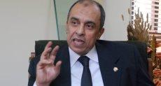 الدكتور عز الدين أبوستيت وزير الزراعة واستصلاح الأراضى
