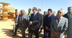 الدكتور محمد سعفان وزير القوى العاملة فى أسوان