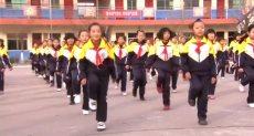 طلاب المدرسة