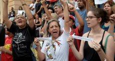 برازيليون يحتشدون للتظاهر بسبب أزمة السد