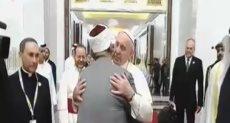 شيخ الأزهر يستقبلان البابا فرنسيس