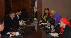 جانب من لقاء مستشارة وزيرة السياحة بجان لين نائب  محافظ مقاطعة سيتشوان الصينية