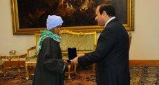 الرئيس عبد الفتاح السيسى والحاجة صيصة