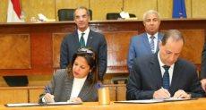 وزارة الاتصالات ومحافظة أسوان يوقعان مذكرة تعاون مشترك
