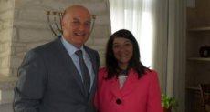 منى البرنس مع السفير الإسرائيلى