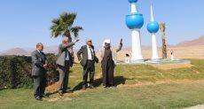 محافظ جنوب سيناء أثناء الجولة