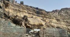 انهيار صخرة بمنشأة ناصر