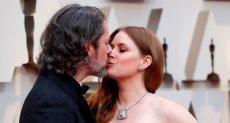 قبلة ايمى ادامز وزوجها فى حفل الاوسكار