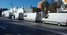 الشاحنات أمام المجلس الرئاسى