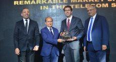 ألكسندر فرومان يتسلم جائزة فودافون مصر