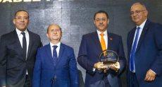 تكريم خالد الجبالى الرئيس الإقليمى لشركة ماستركارد فى منطقة الشرق الأوسط وشمال إفريقيا