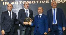تكريم خالد يوسف الرئيس التنفيذى لشركة بيجو مصر