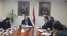 اجتماع وزير المالية