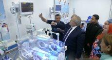 رئيس جامعة القاهرة يفتتح وحدة حديثي الولادة بمستشفى أبو الريش