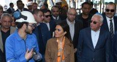 سحر نصر خلال زيارتها لبورسعيد