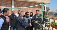 جانب من افتتاح نموذج زراعة الأسطح بجامعة اسيوط