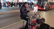 العزف في شوارع لندن