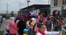 محافظ أسيوط يشارك الأطفال الأيتام احتفالاتهم ويكرم المتفوقين وحفظة القران