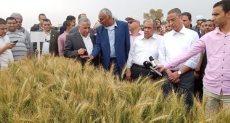 وزير الزراعة ومحافظ سوهاج
