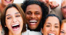 فوائد الضحك