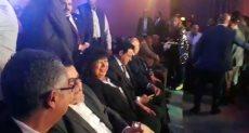 وزيرة الثقافة تشاهد حفل افتتاح المسرح العائم