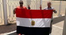المصريون في أبو ظبى يشاركون في الاستفتاء