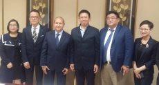 وزير التجارة مع وفد من الشركات الصينية
